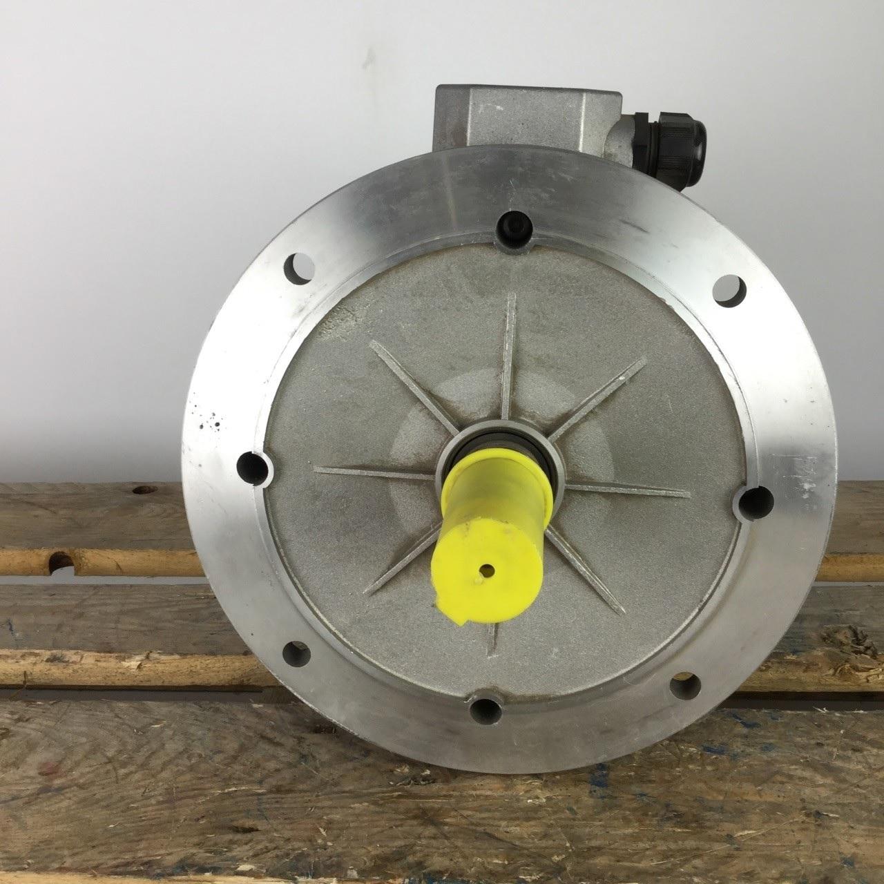 Фото - Специальные, стандартные исполнения валов , фланцев электродвигателей